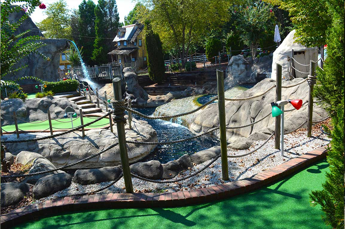 Lake Norman Lakeside Putt Putt river run