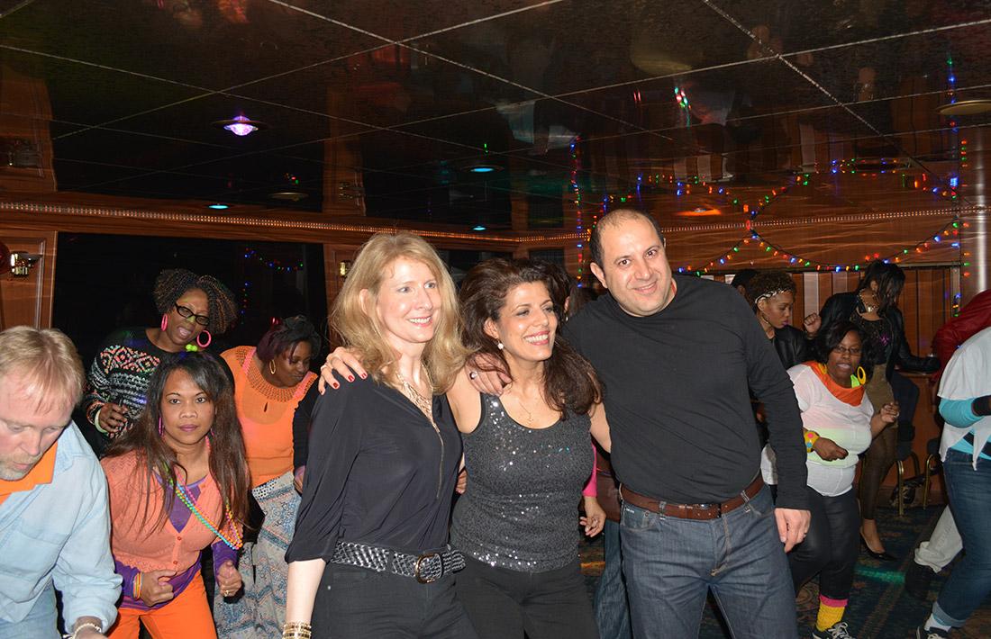 Party Cruises Queens Landing